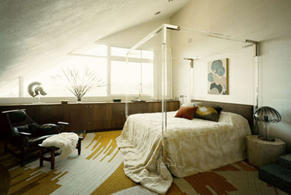 Garcia Bed