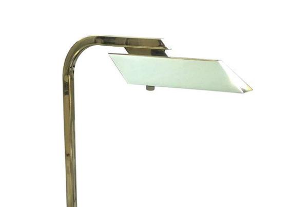V Floorlamp